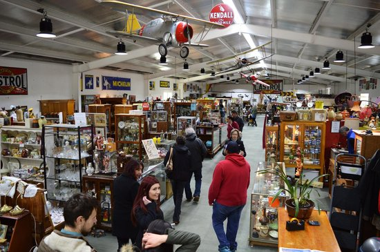 Daylesford, Austrália: An array of collectibles, vintage, fashion, memorabilia and much more to be discovered!