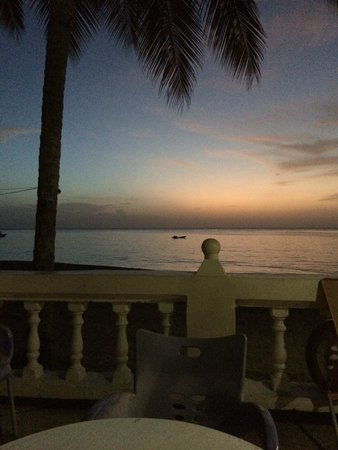 Turtle Beach by Rex Resorts : West facing means lovely sunsets