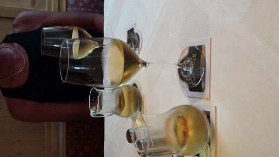 Gasthaus Kellerer: Heerlijk wijntje