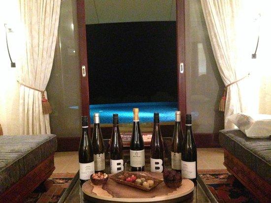 Al Maha, A Luxury Collection Desert Resort & Spa : Cheers !