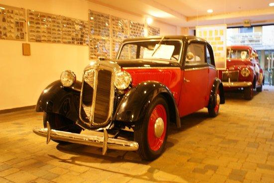 Car in Museum Gozsdu Courtyard (Gozsdu Udvar)