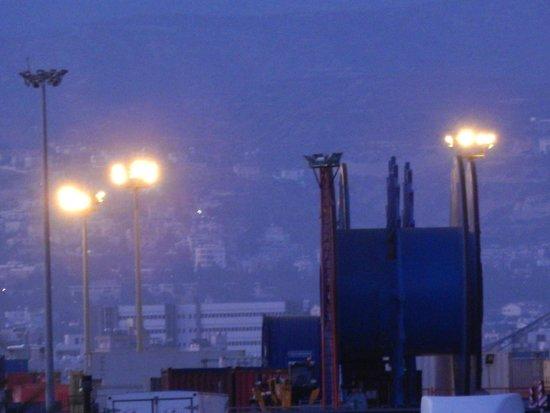 Lady's Mile Beach: port of limassol