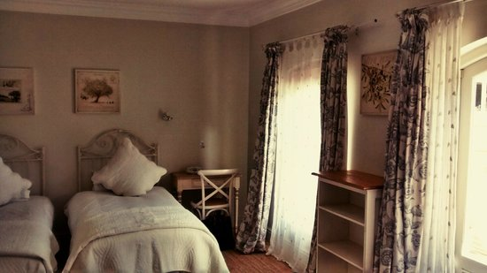 Constantia Valley Lodge: Our gorgeous suite