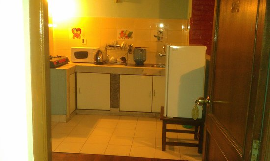 Hotel Tayoma: Kitchen in Apartment Room