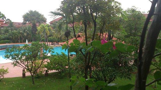 Angkor Palace Resort & Spa : Room View スイート・プールビュールーム2Fからの眺め