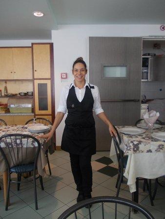 Hotel Consuelo : sympatiquement elle assure le service
