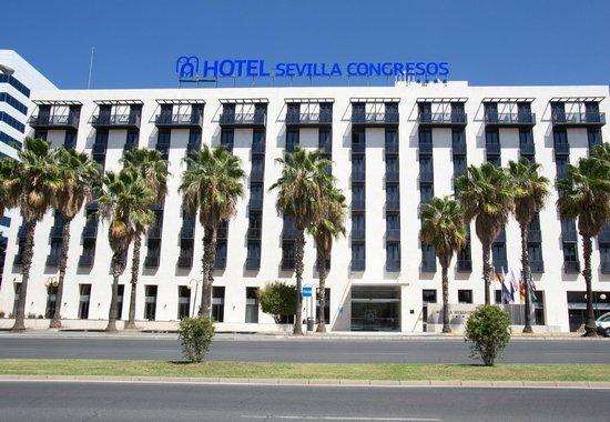 Hotel M.A. Sevilla Congresos: Fachada