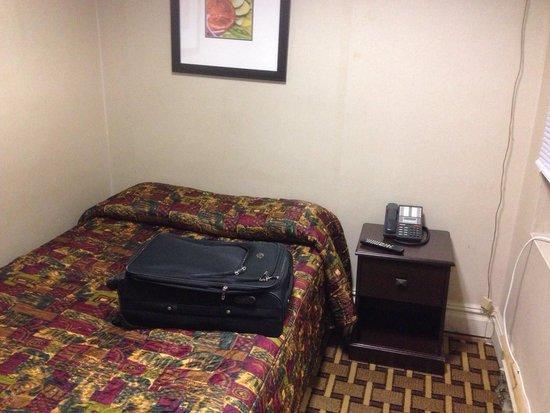 New York Inn : Room