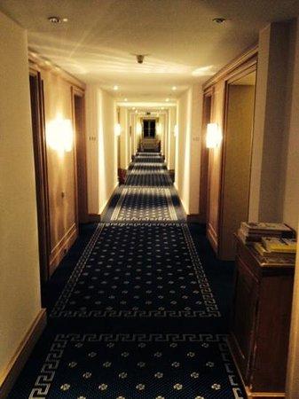 Hotel & Gasthof zur Post Aschheim: Flur
