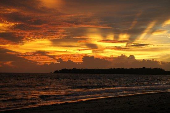 Phaidon Beach Resort: Sonnenuntergang