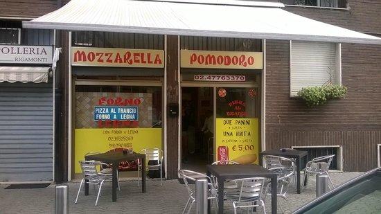 Baranzate, Italien: MOZZARELLA POMODORO