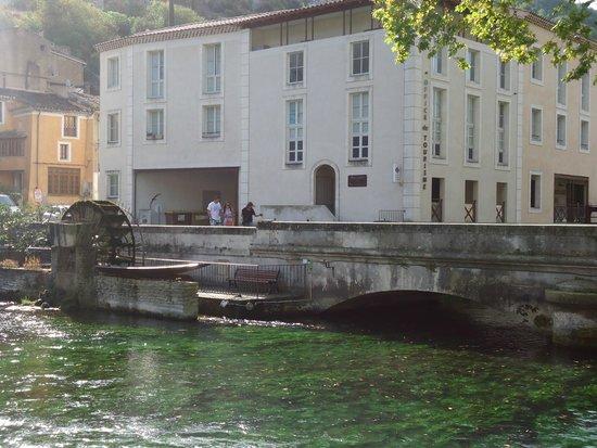 Fontaine de Vaucluse : darsena