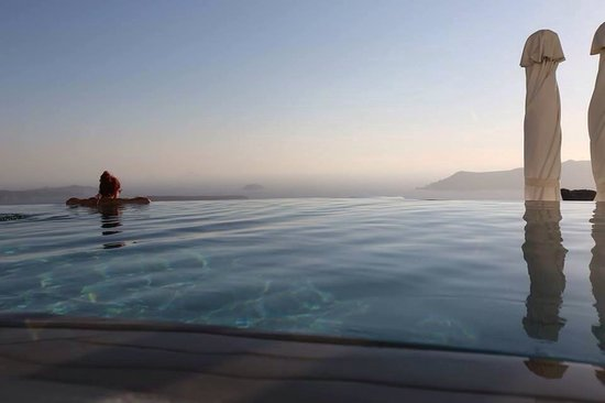 Grace Santorini Hotel: Amazing pool!!