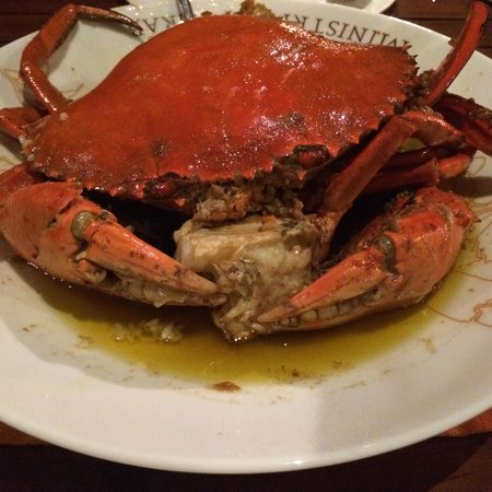Ministry of Crab : Garlic Crab (female crab).  Size: colossal. 1.4kg Eat by two persons.  As a Chinese I find my