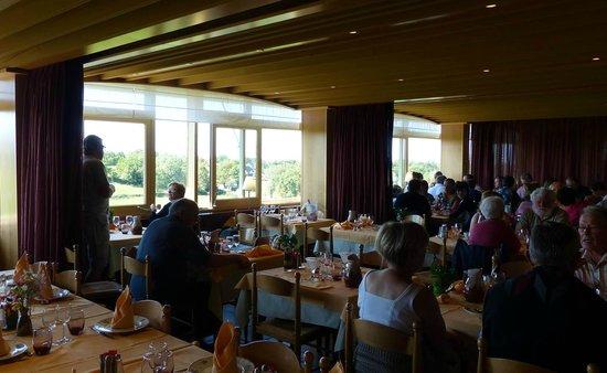 Hôtel des Remparts : Une des salles à manger (vue panoramique)