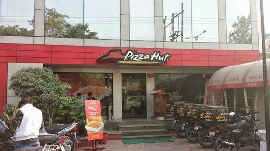 Pizza Hut de Agra!!!