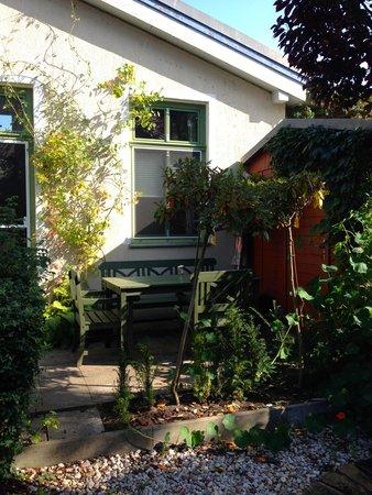 Apartmenthaus Potsdam-Quartett: The Garden Suite