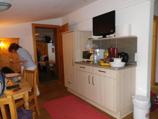 Pension Mirabelle: coin repas