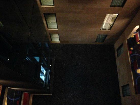 H10 Art Gallery : vistas desde la habitación al patio interior