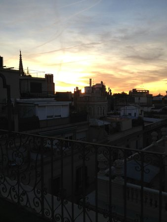NH Barcelona Centro: Vista desde la habitación