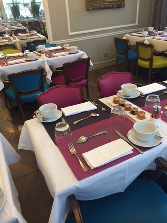 Hôtel Bradford Elysées - Astotel: Breakfast