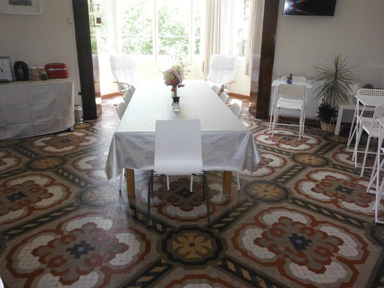 Hostal Eixample: salón-comedor