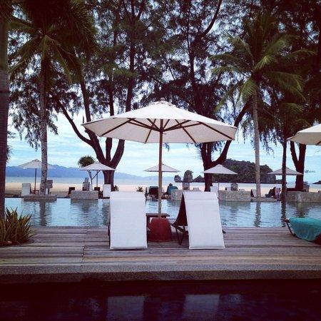Tanjung Rhu Resort: Stunning adult pool