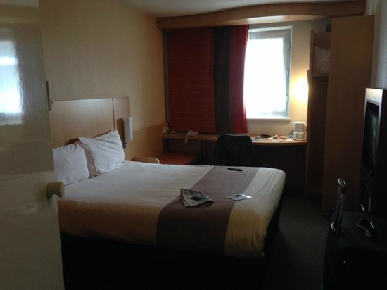 Ibis London Docklands Canary Wharf: Room