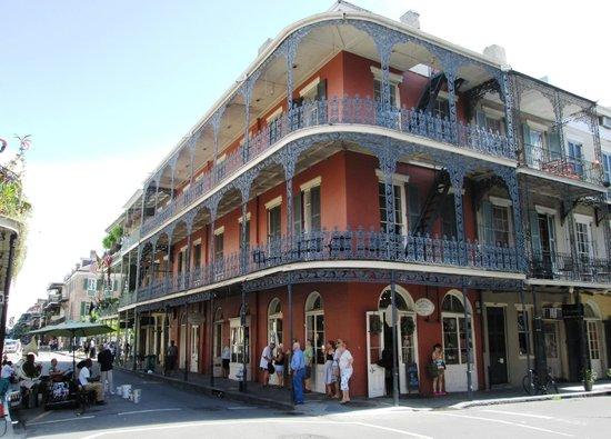 Royal Street : Beautiful buildings