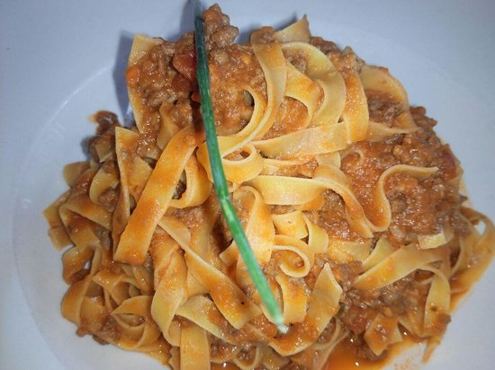 La Casa del Parmigiano: tagliatelle boloñesa