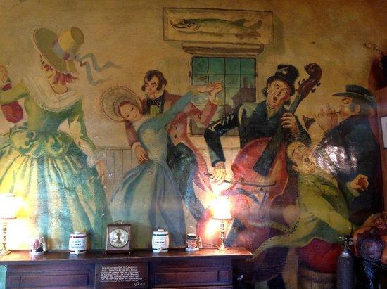 Dickens Bar & Bistro: Dickens mural 2