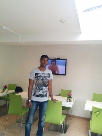 Iris Hotel : Dining hall