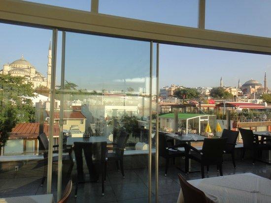 Ferman Hotel: 屋上テラスからの眺め