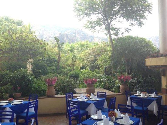 El Ciruelo : Hermosa vista, con sensación de frescura, muy agradable el lugar, la comida es rica, sin duda de