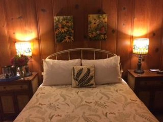 Fern Grove Cottages: Our Suite