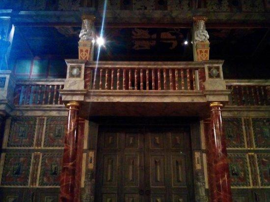 Shakespeare S Globe Tour  September