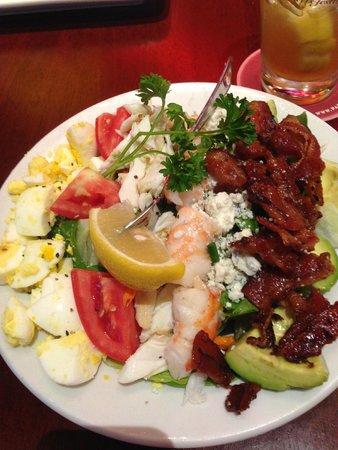 Going with Greens: Edina Salad Guide | Edina