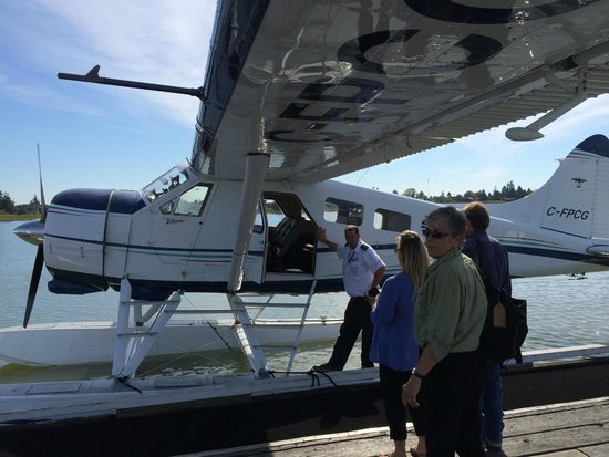 Clayoquot Wilderness Resort : Our Taxi to Clayoquot