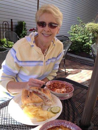 Bath, Pensilvania: Chili & Turkey Sandwich...