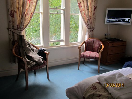 Farnley Tower: room