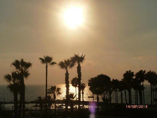 SENTIDO Cypria Bay: sunset