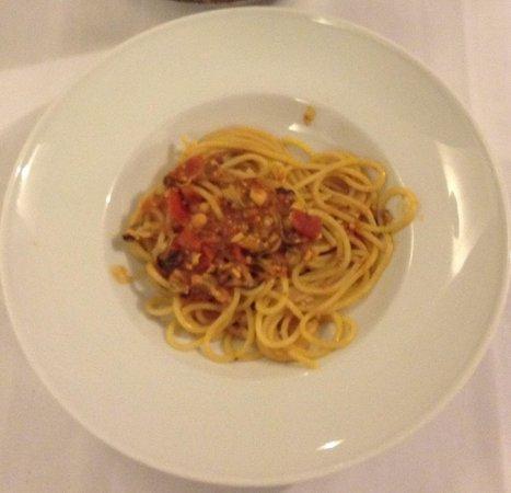 Opera Nova della Marca: Spaghettoni Filotea con Moscioli di Porto-Novo