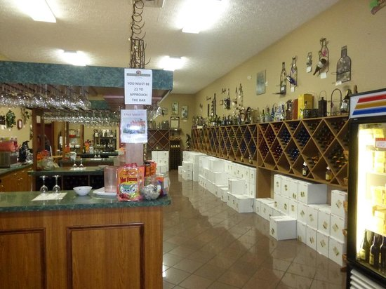 Hillside Winery gift shop