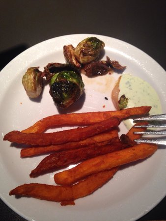 Ripe Eatery & Market: Amazinh fried sweet potato and brussels sprouts