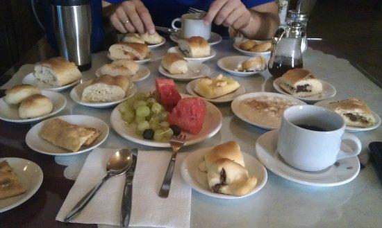 Hotel Keramos: Завтрак