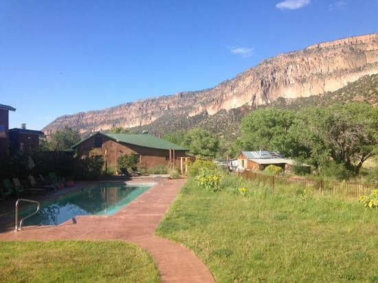 Canon del Rio Retreat & Spa: Pool area with awesome view