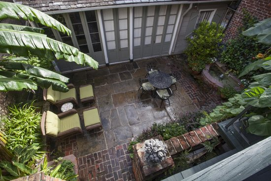 Chateau Hotel: Bird's Eye Private Courtyard View