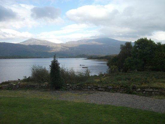 Loch Maree Hotel: View of loch from bedroom window