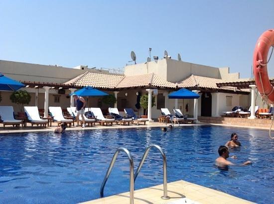 JW Marriott Hotel Dubai: Outdoor pool.