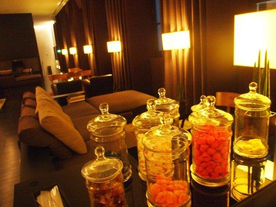 Bulgari Hotel Milano: lobby